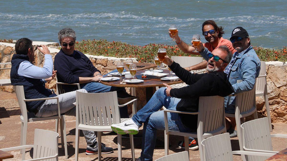 Un estudio desvela que la mitad de los españoles no piensa hacer turismo este verano