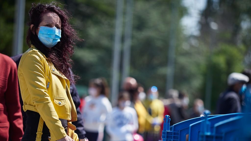 Los expertos, sobre las mascarillas en la calle: no te protegen a ti pero sí a los demás