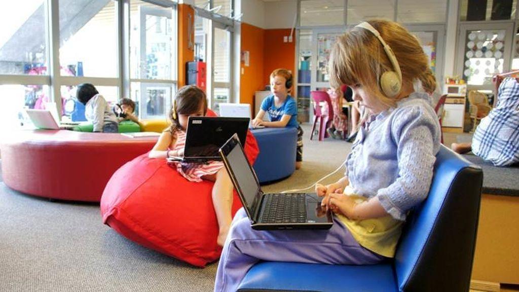 Miles de niños vuelven a clase en Nueva Zelanda y los expertos alertan del impacto del ruido en ellos