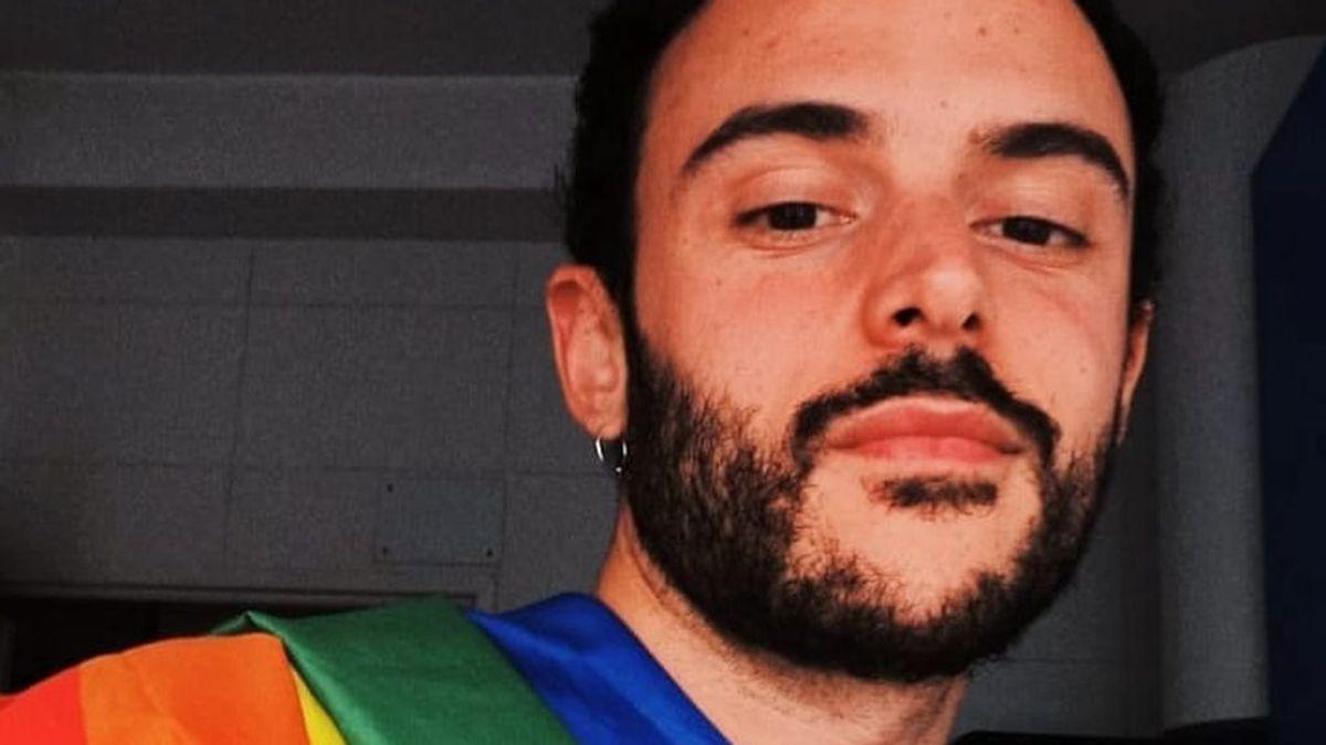 """Joselu fue insultado y amenazado por pasear con su bandera arcoíris: """"Me acorralaron entre cinco personas"""""""