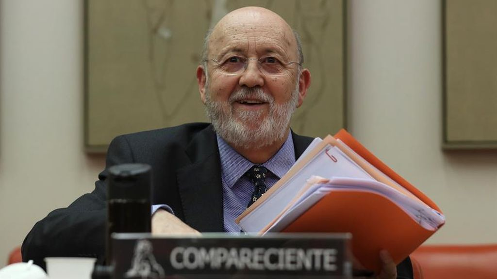 El presidente del Cis, José Félix Tezanos, durante su comparecencia en el Congreso