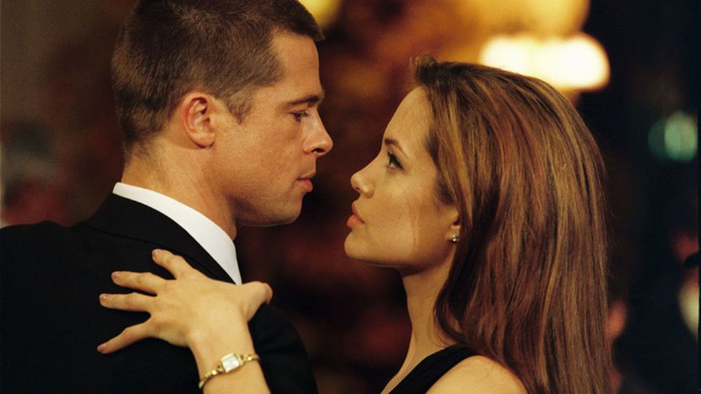 Brad Pitt, junto a Angelina Jolie, en 'Sr. y Sra. Smith'.
