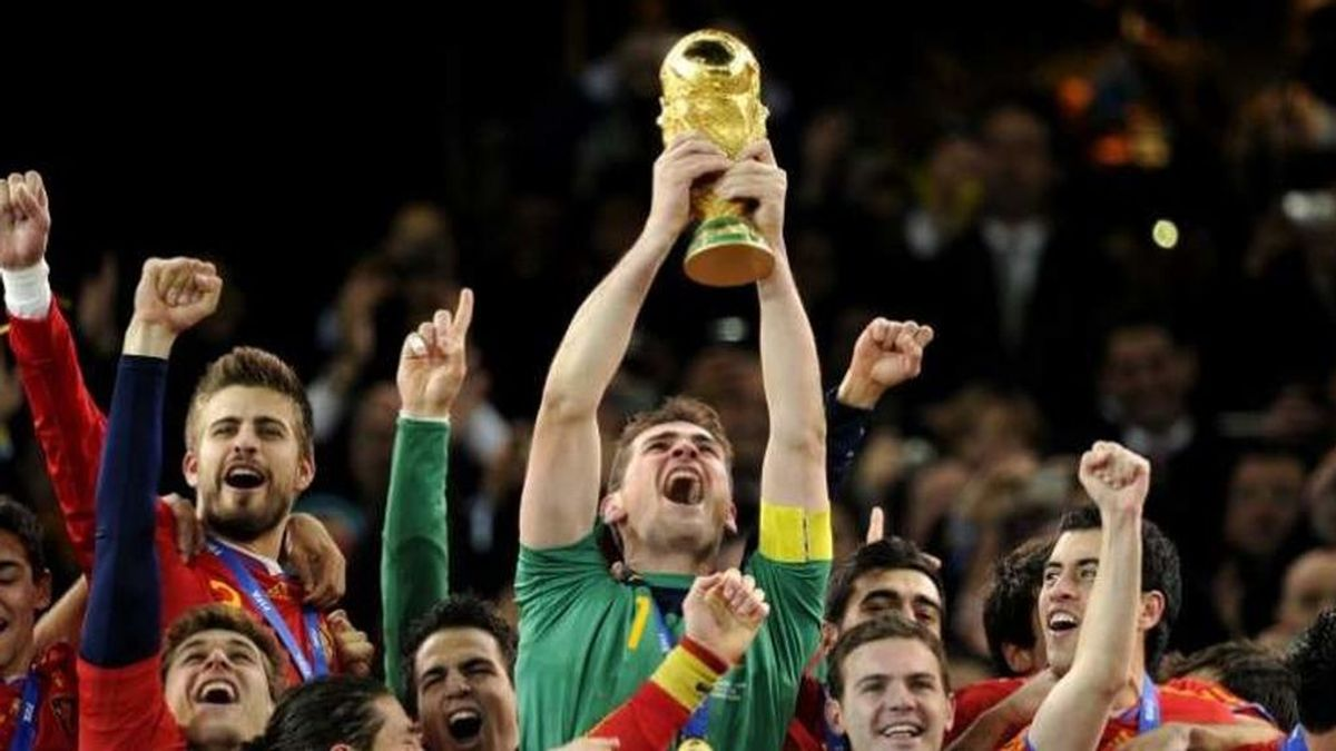 Iker Casillas levantando el Mundial de 2010