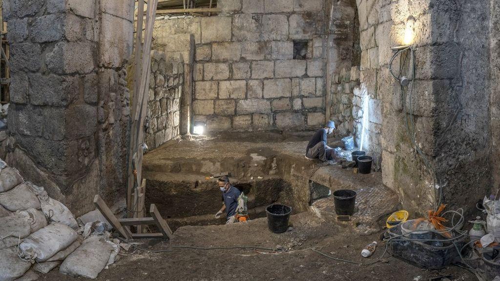 Descubren un sótano de 3 habitaciones debajo del muro de las lamentaciones en Jerusalén