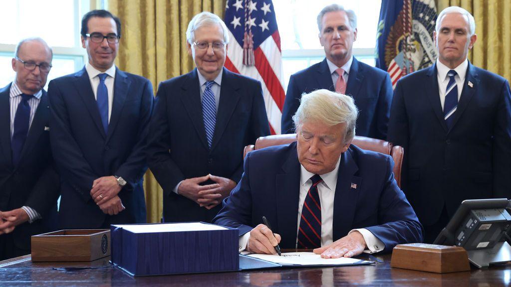 EEUU: El cheque de ayudas llega a los difuntos pero no a los indocumentados que pagan impuestos