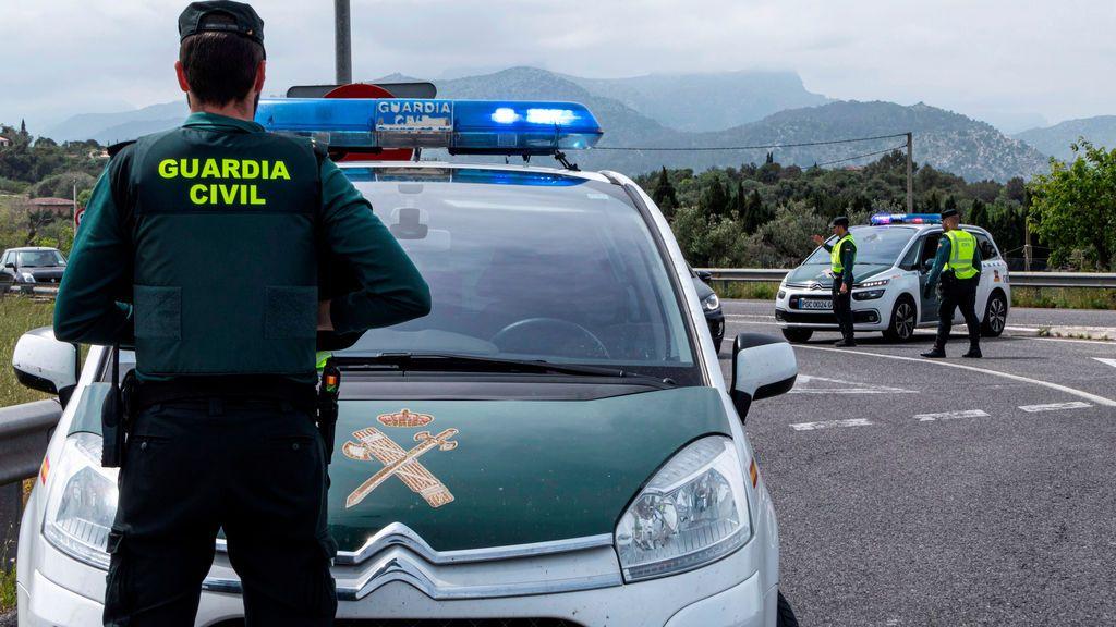 Los guardias civiles pueden visitar a su familia aunque aunque esté en otra provincia