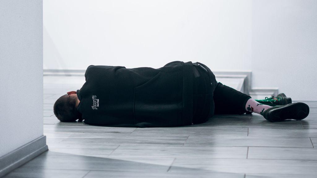 Dormir en el suelo, el secreto de los japoneses para un descanso más sano