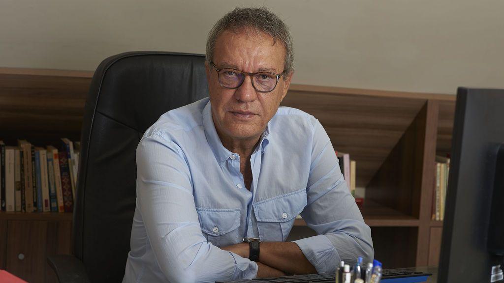 Manuel Juliá, el vino y las palabras