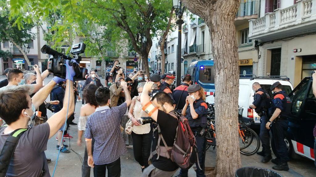 Una manifestación independentista en Barcelona acaba con una mujer detenida