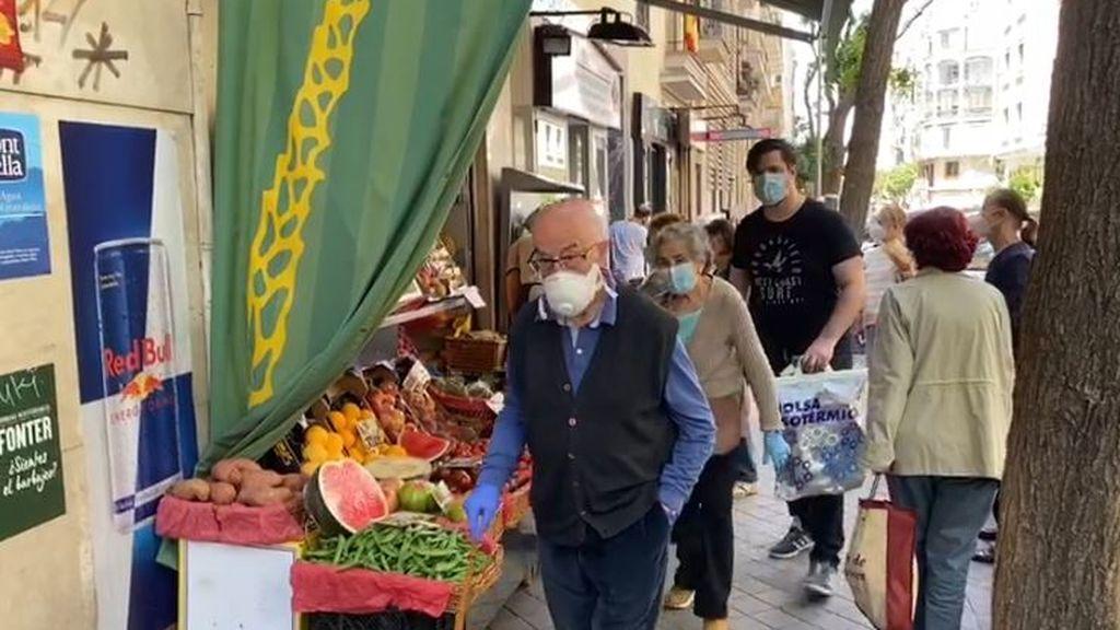 """El tema en boca de todos en el barrio de Salamanca: """"Con este sol y la mascarilla vamos a estar a trozos"""""""