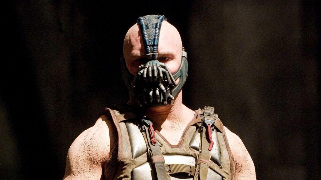 Tom Hardy, como Bane