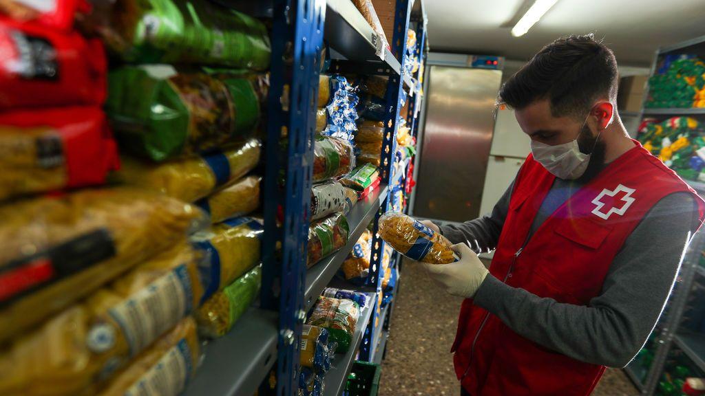 Cruz Roja recogida alimentos covid-19