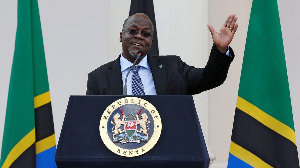 """El presidente de Tanzania ordena retomar eventos deportivos: """"La inmunidad mejora cuando la gente se junta"""""""
