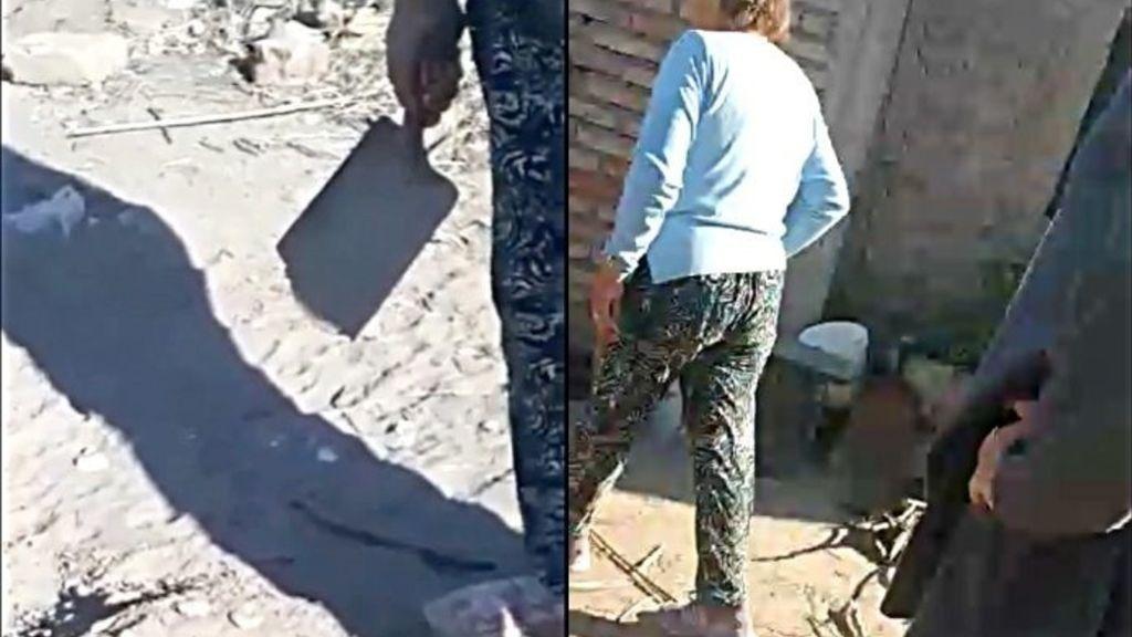 Pillan a dos personas enterrando vivos a unos cachorros recién nacidos en Argentina