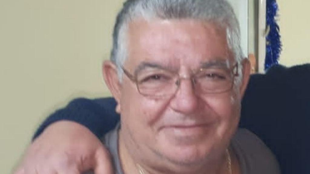Campaña para ayudar a Antonio, un popular aparcacoches de Málaga pendiente de un trasplante de médula
