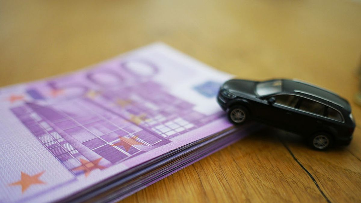 Impuesto de Transmisión Patrimonial en coches: lo que necesitas saber si se lo vendes a tu hijo