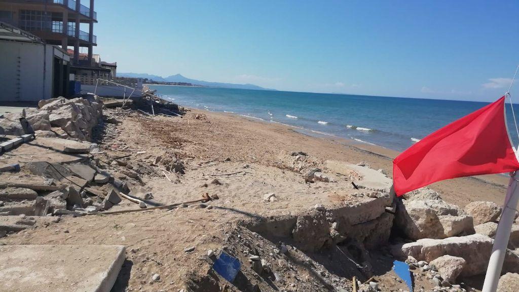 La imposible desescalada de las playas asoladas por la DANA: Les Deveses de Denia
