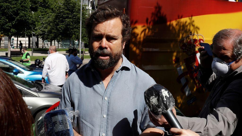 Espinosa de los Monteros dice que los muertos le entristecen, pero la contestación al Gobierno le alegra