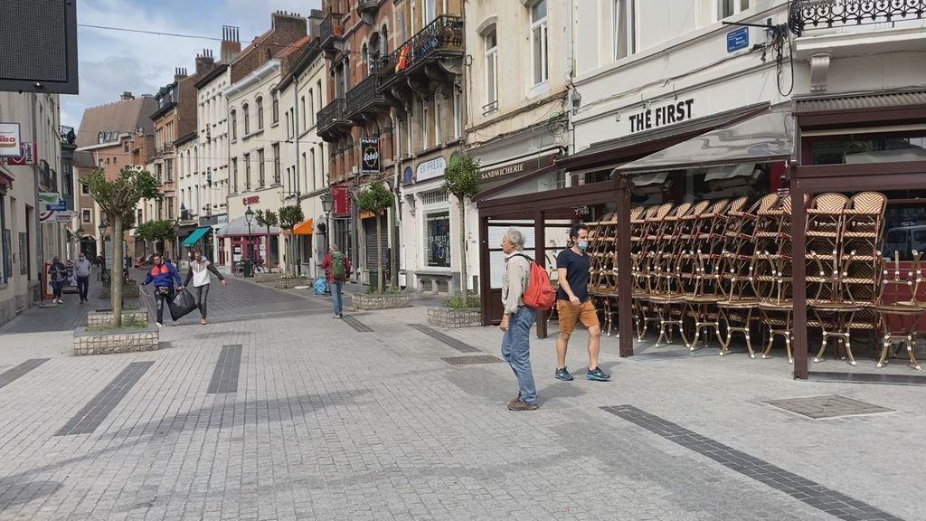 El sudoku de las mascarillas en Bruselas: obligatorias solo en algunas calles y entre determinados números