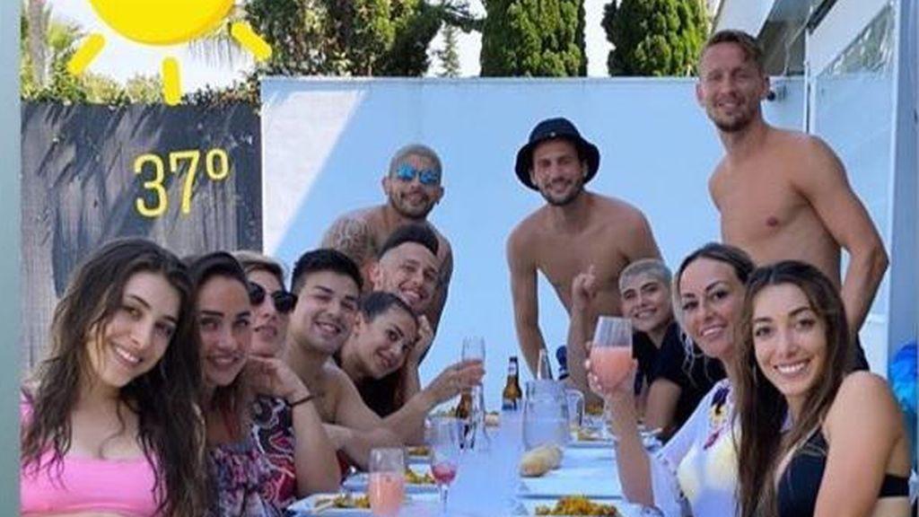 Cuatro jugadores del Sevilla se saltan las medidas del confinamiento y el protocolo de La Liga