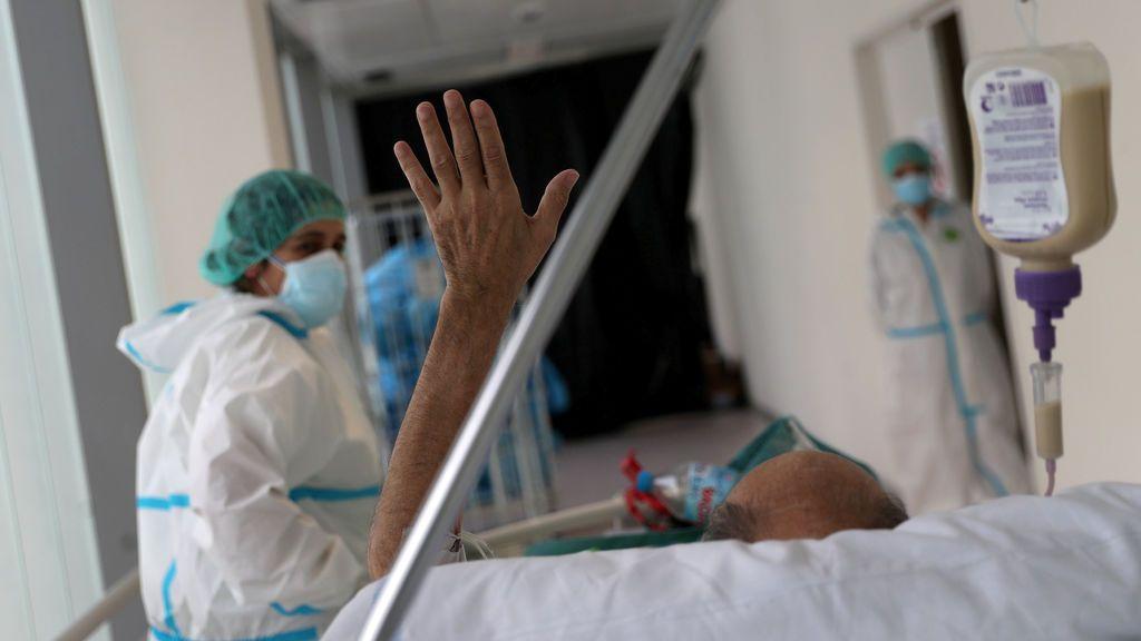 Las muertes diarias por coronavirus repuntan a 70 y los contagios bajan a 246