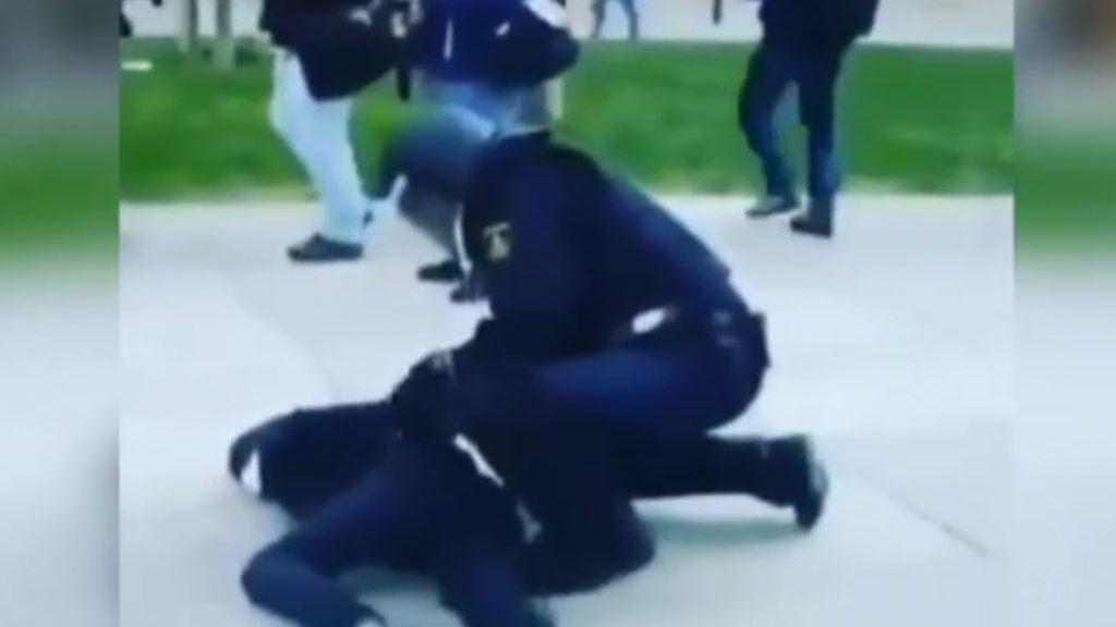 Incidentes y carga policial durante una concentración no autorizada de apoyo al preso de ETA Patxi Ruiz