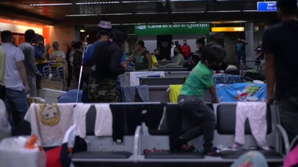 Atrapados en el aeropuerto de Sao Paulo a la espera de poder volver a casa