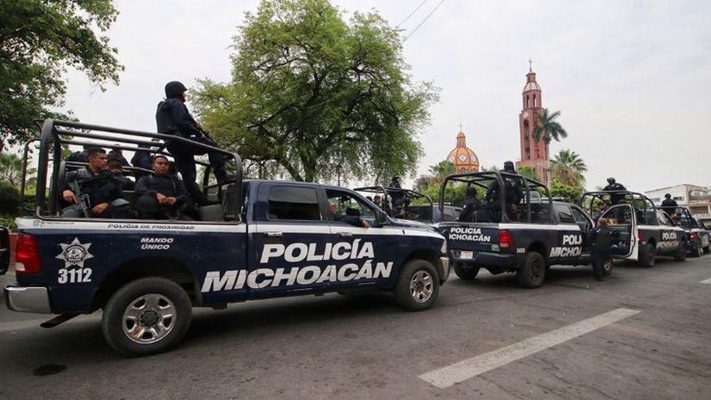 Localizan doce cadáveres en una camioneta en el norte de México