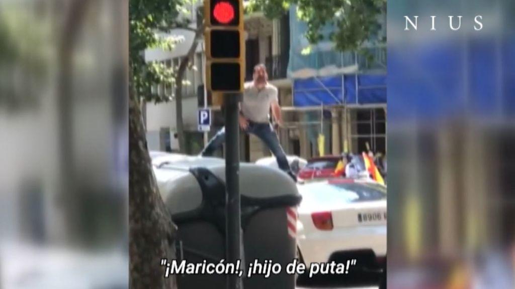 """Insultos homófobos en la caravana de Vox en Barcelona: """"Nunca me había pasado algo así, me quedé en shock"""""""