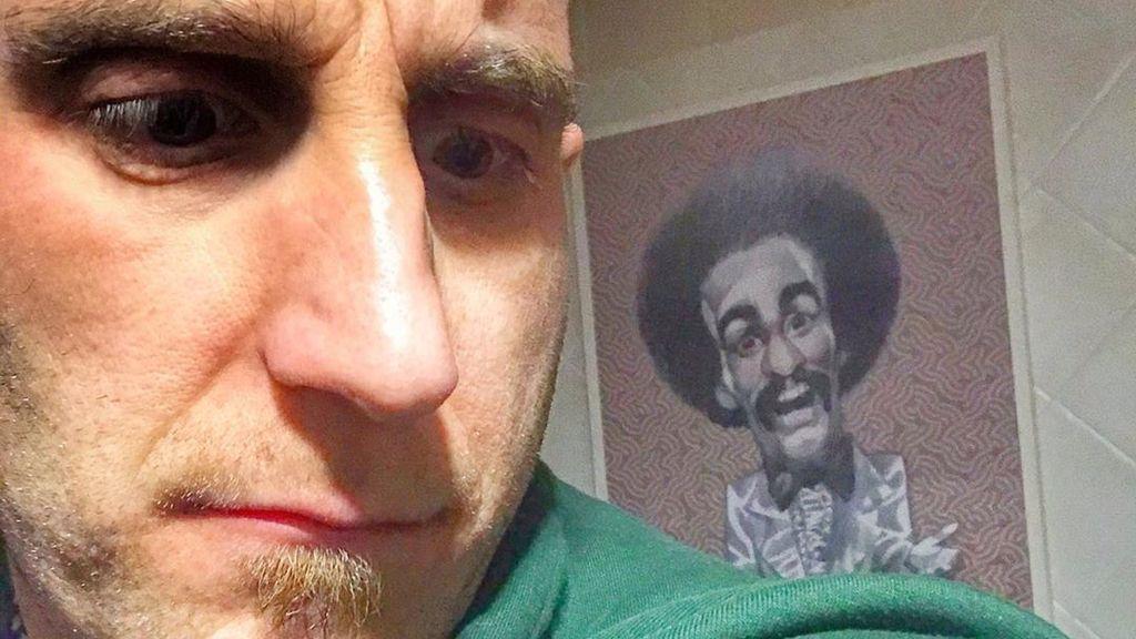 """Dani Rovira se regala un homenaje en confinamiento: """"A ver si por ser vegano y tener cáncer no voy a poder"""""""