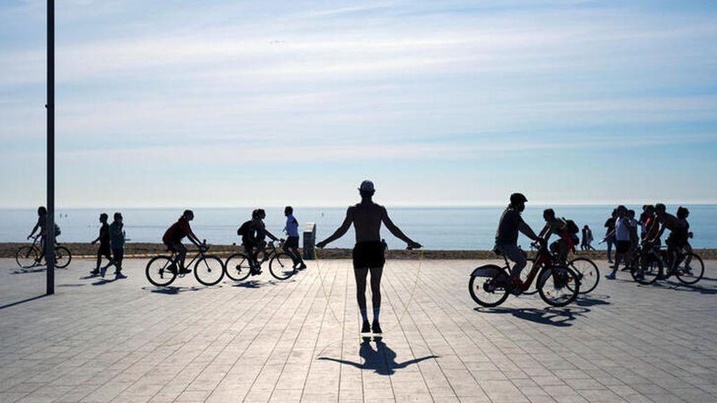 Barcelona también abrirá las playas para pasear de 20 a 23 horas