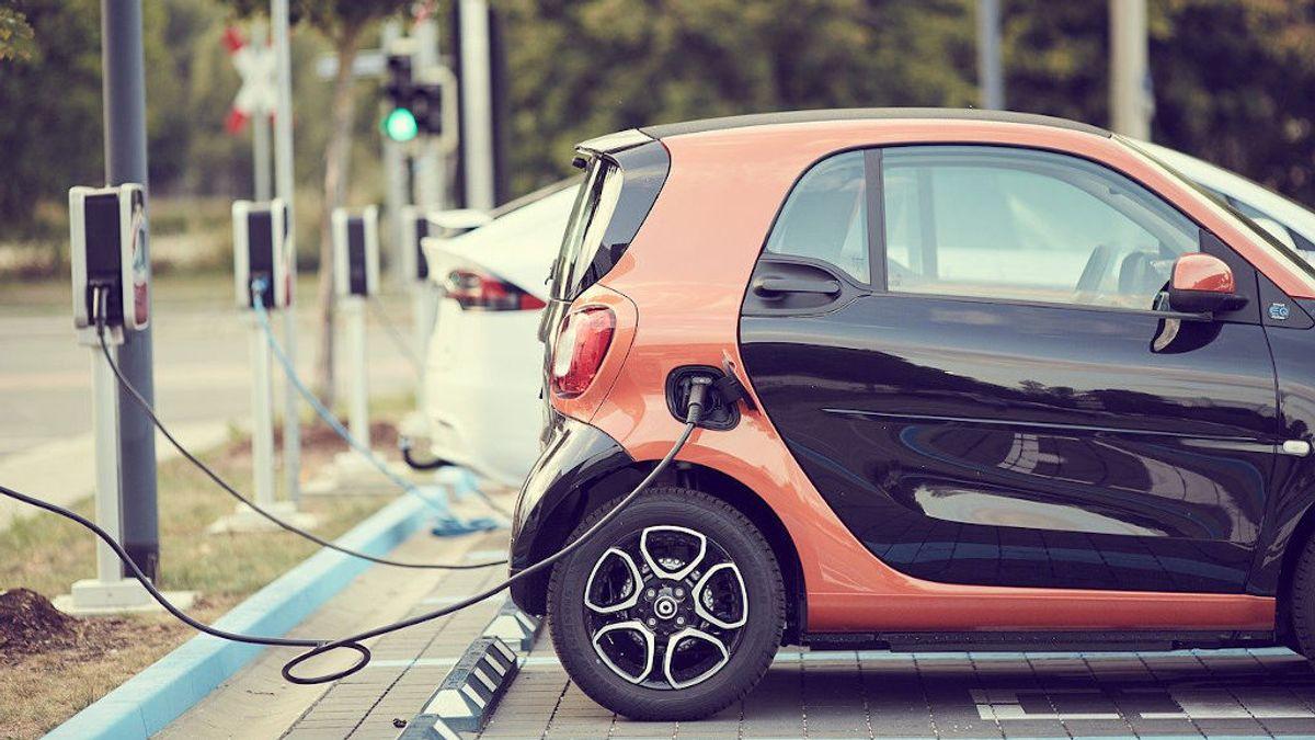 En casa o en la calle: formas de recargar un coche eléctrico