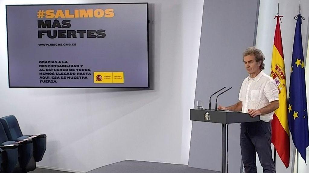 Fernando Simón justifica cancelar la reunión evangelista y no el 8M porque era de 120 países y algunos de alto riesgo