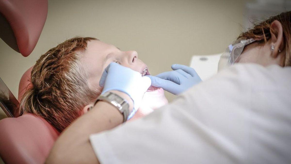 Manchas blancas en los dientes: por qué aparecen y qué significan