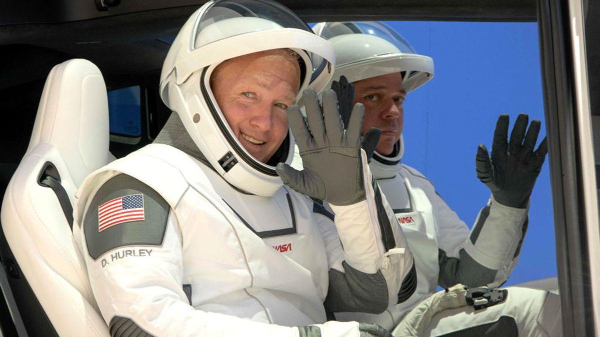 Los astronautas ensayan el lanzamiento al espacio Demo 2 de SpaceX y la NASA
