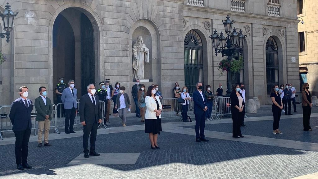 Los concejales del Ayuntamiento de Barcelona, con Ada Colau al frente