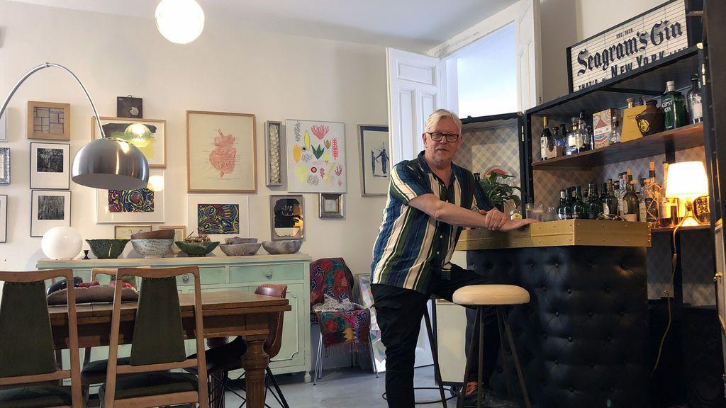 Bares privados en el salón: vuelve el sueño de la barra propia en casa