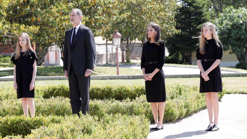 Los reyes, entre la princesa de Asturias y la infanta Sofía