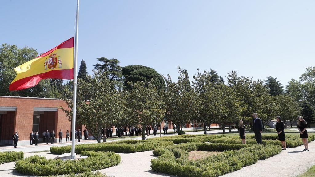 Minuto de silencio en España por las víctimas de la COVID-19