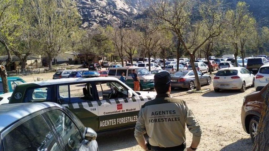 Madrid no abrirá por ahora los aparcamientos de la sierra para evitar aglomeraciones