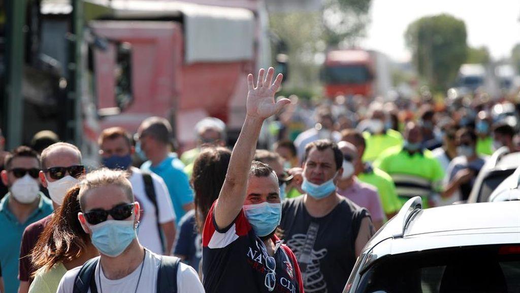 Los trabajadores de Nissan comienzan sus protestas por el cierre de sus plantas en Barcelona