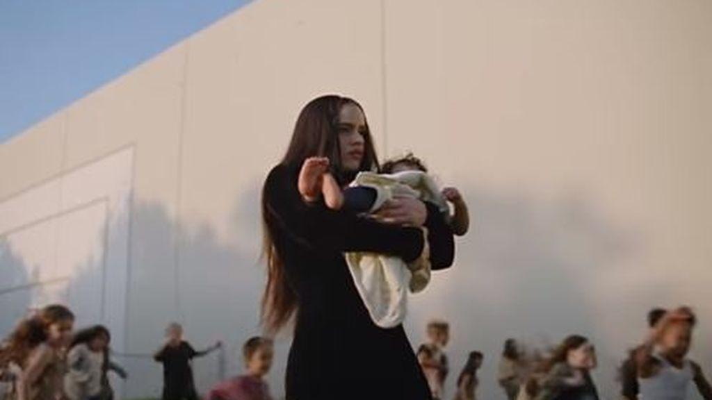 Lo nuevo de Rosalía con Travis Scott: 'TKN', el poder de la tribu