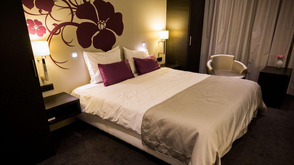 El rastro de coronavirus que dos infectados sin síntomas dejaron en pocas horas en un hotel