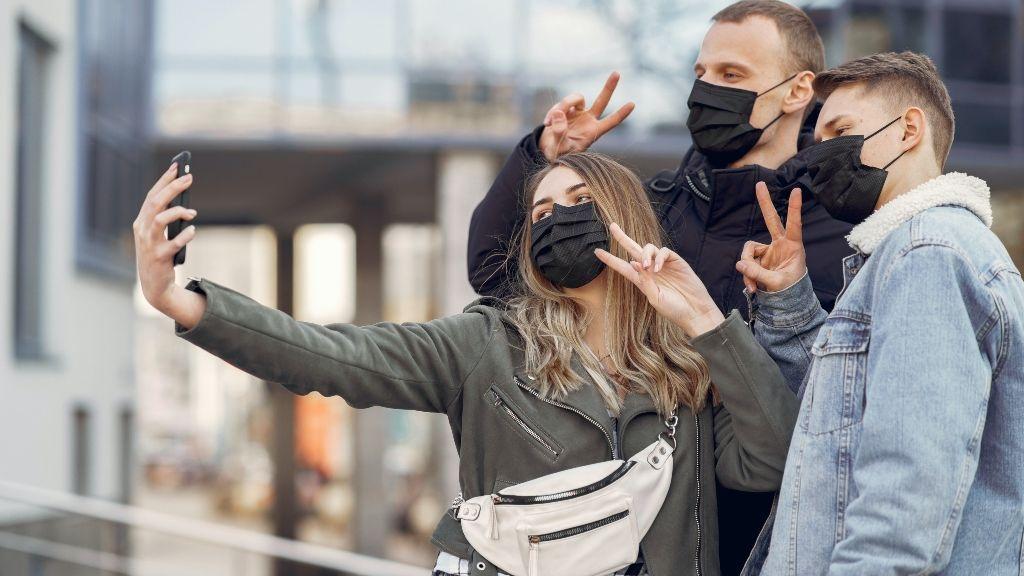 Reconocimiento facial con mascarillas: ¿cómo desbloquear el móvil si no se nos ve la cara?