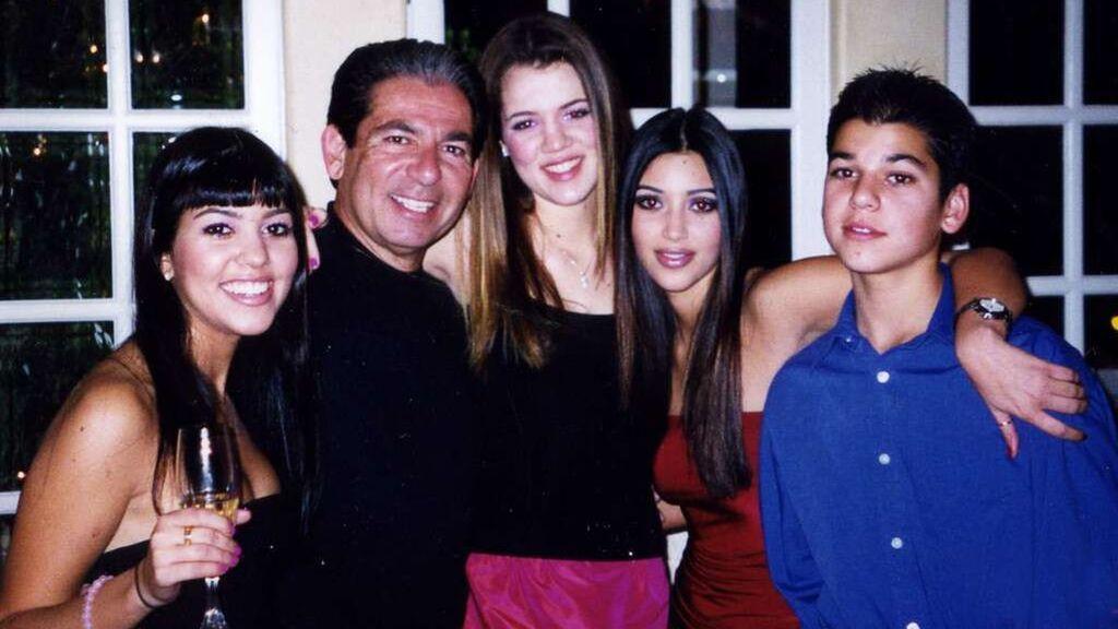 Kourtney, Robert, Khloé, Kim y Rob, de izquierda a derecha.