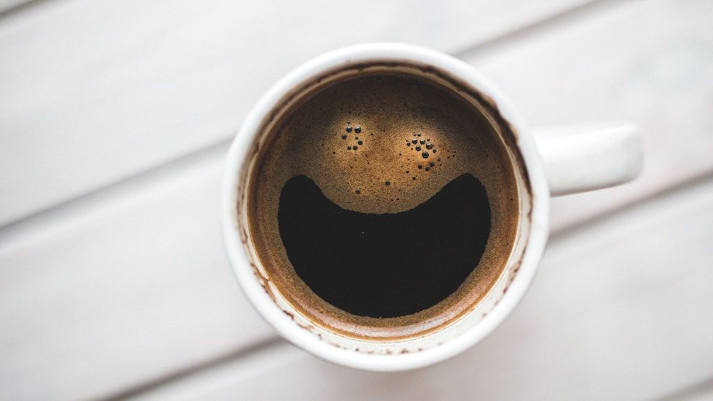 Cómo recalentar el café de forma correcta: cosas que llevas haciendo mal toda la vida