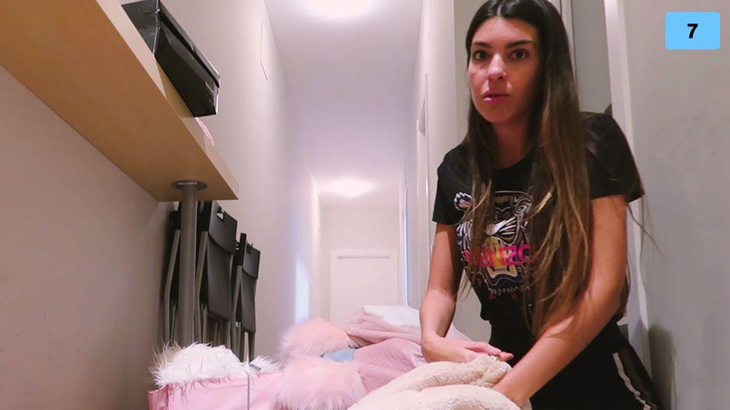 Andrea viaja a Madrid para dejar su piso e intentar recuperar sus pertenencias (1/2)