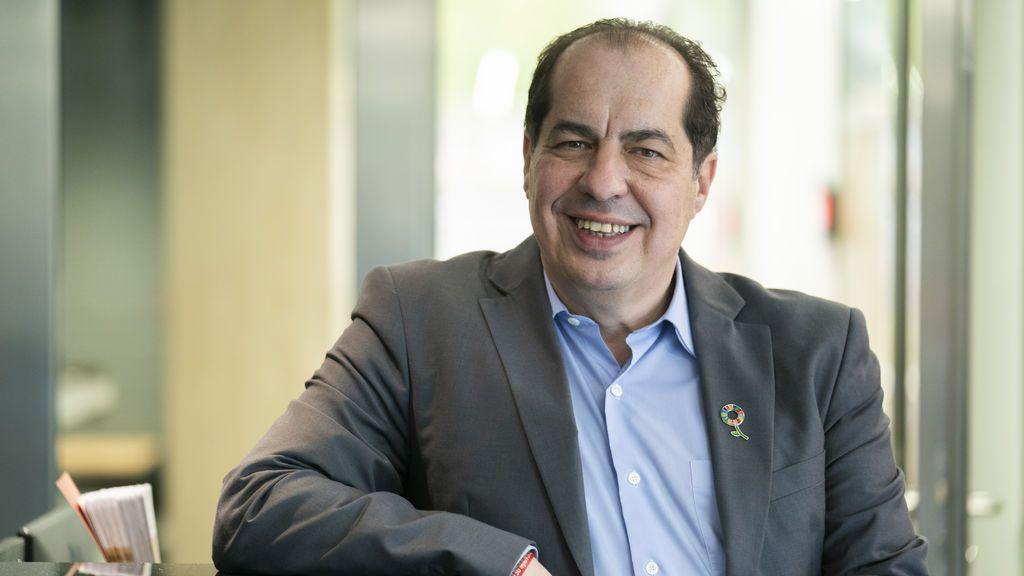 """Juan Carlos Cubeiro, experto en recursos humanos: """"El sector turístico se tiene que resetear, tiene que vincular al cliente"""""""