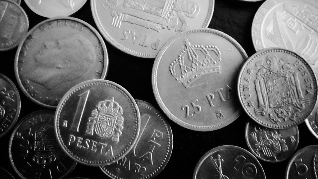 Las pesetas, 140 años de dinero que no valdrá nada a partir de este año