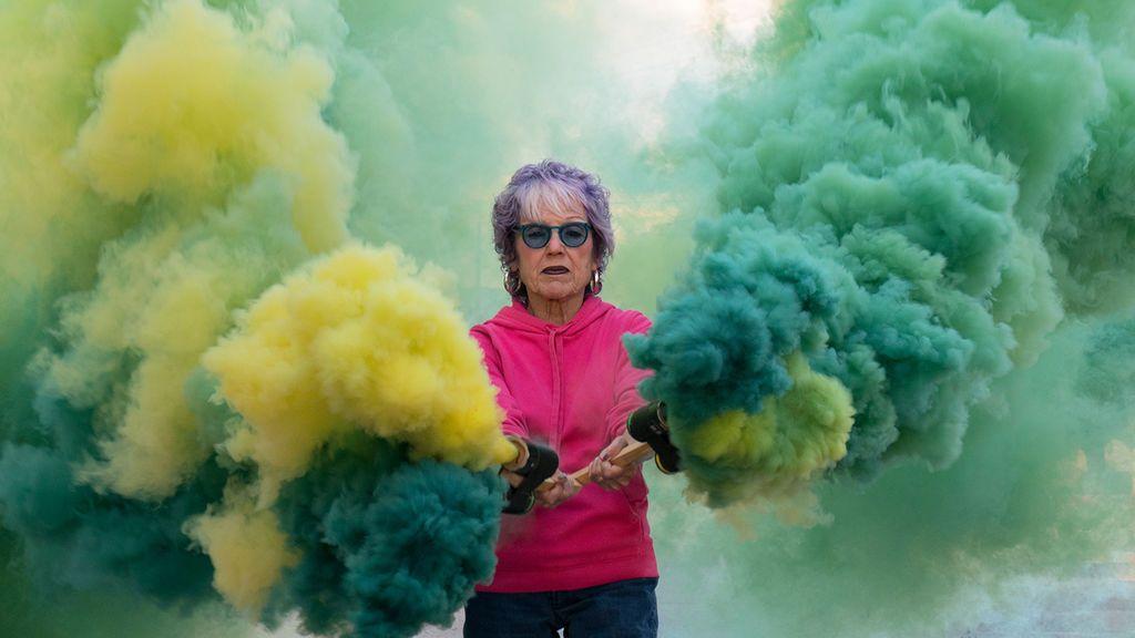 """Judy Chicago o por qué el arte importa en tiempos de crisis: """"Arroja luz sobre los problemas"""""""